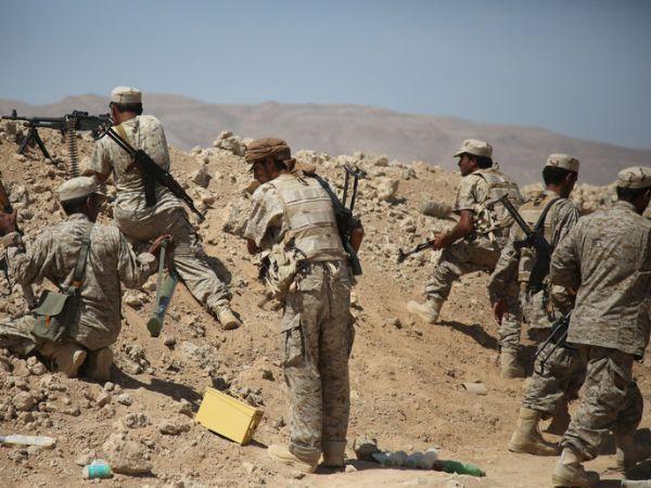 مسؤول حكومي: الجيش الوطني صمام أمان النظام الجمهوري
