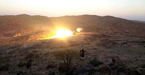 قوات الجيش تستهدف تعزيزات للحوثي شمالي قعطبة