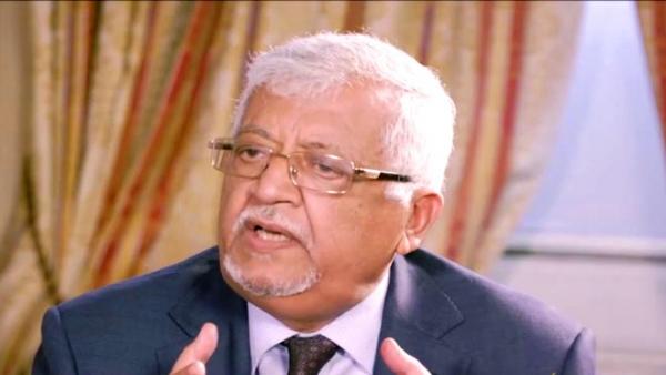 """دبلوماسي يمني ينتقد غياب """"اليمن"""" في بيان القمة الخليجية"""