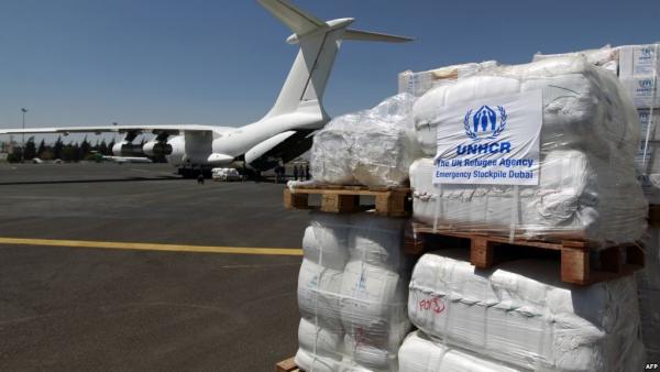 بحجة أنها غير مرغوبة.. ميليشيا الحوثي تحتجز شحنة أدوية في مطار صنعاء منذ أسبوع