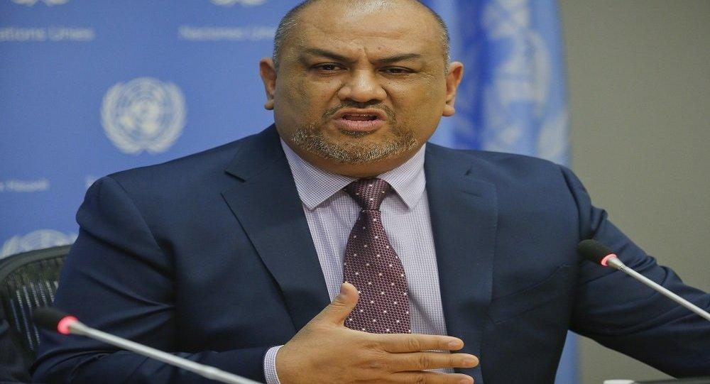 وزير الخارجية يكشف عن مبادرة حكومية حول الحديدة ويؤكد: لن نتنازل عن الميناء