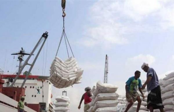 الأمم المتحدة : نحاول إنقاذ مخزون المواد الغذائية في الحديدة