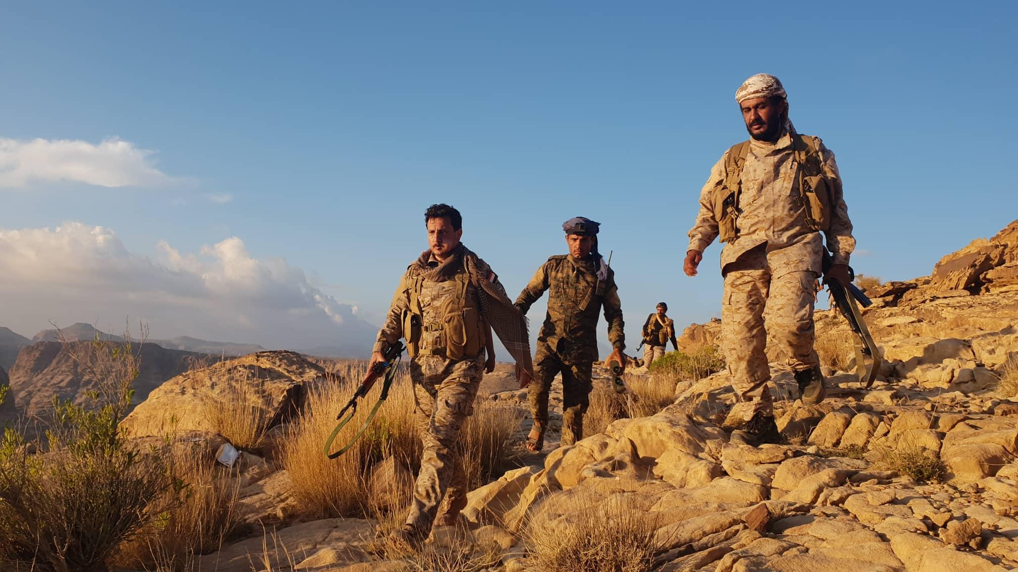 الجيش يقترب من المباني الحكومية بمديرية باقم شمالي صعدة