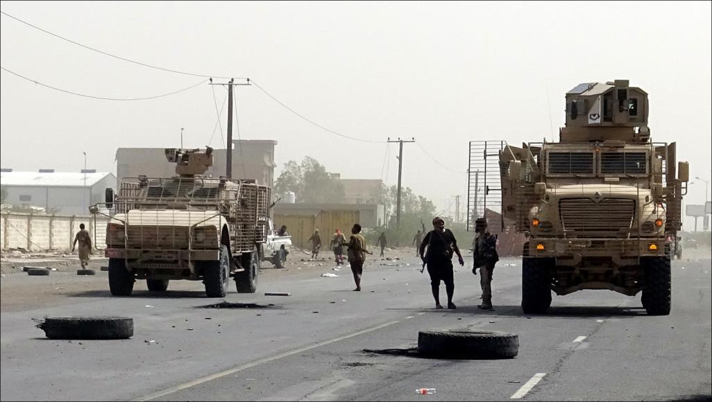 صحيفة دولية: خيار الحسم العسكري في الحديدة يعود للواجهة