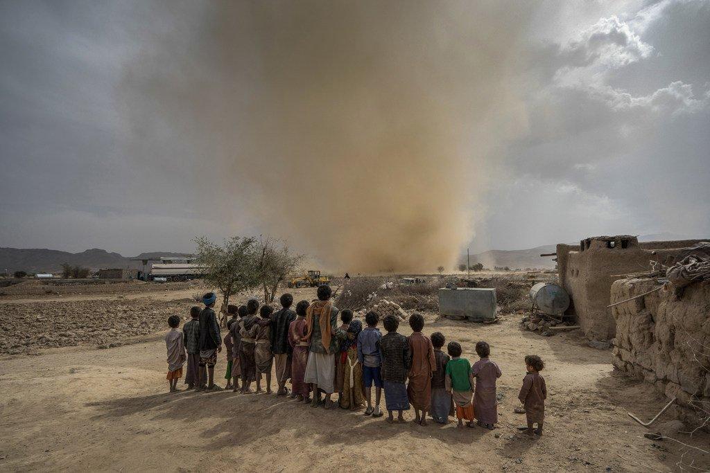 مفوضية اللاجئين: 100 قتيل وجريح من المدنيين أسبوعيا في اليمن