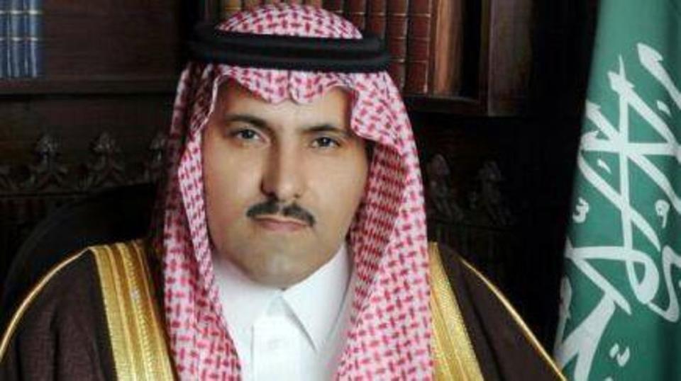 السفير السعودي لدى اليمن يوجه رسالة هامة لمشائخ وعقال وأعيان اليمن