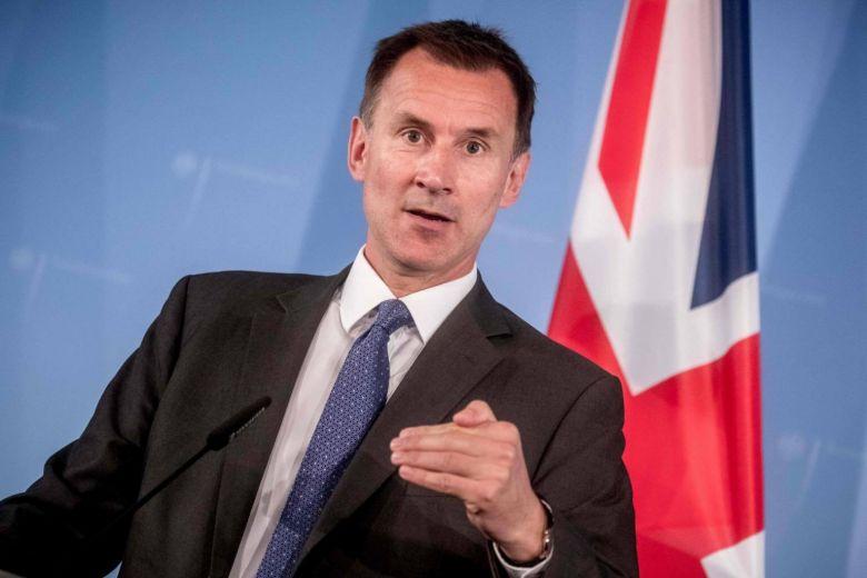بريطانيا تطالب إيران بإلزام الحوثيين بالانسحاب من الحديدة