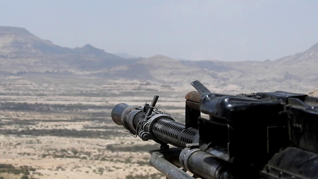 قوات الجيش تحرر مواقع جديدة في مسقط رأس زعيم الحوثيين