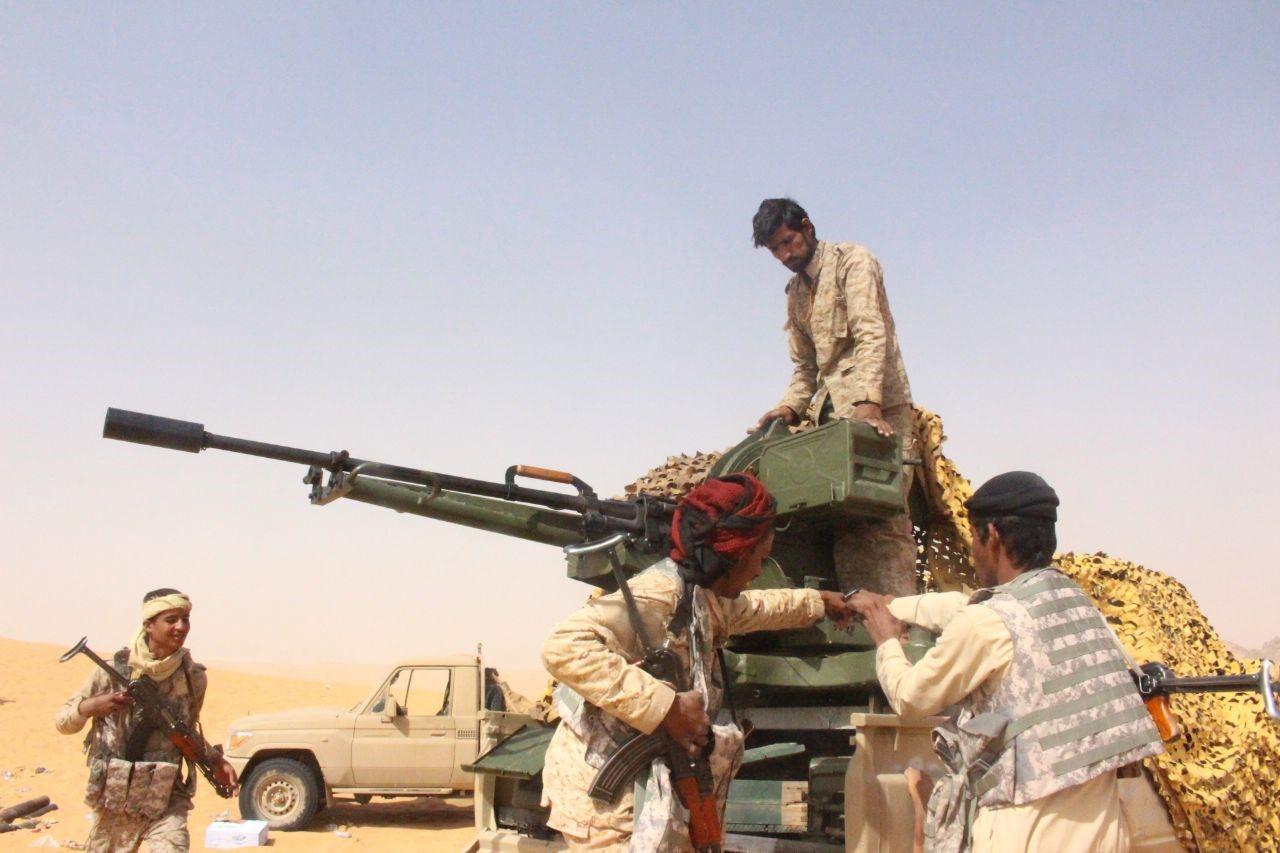 الجيش يسيطر على مواقع استراتيجية بمحافظة حجة