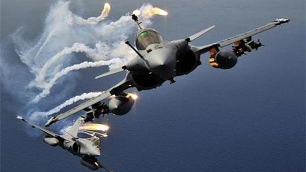 مقاتلات التحالف تقصف تعزيزات للحوثيين في الجوف