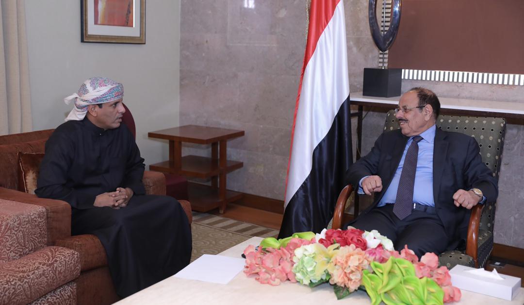 نائب الرئيس يناقش أوضاع المهرة مع المحافظ با كريت