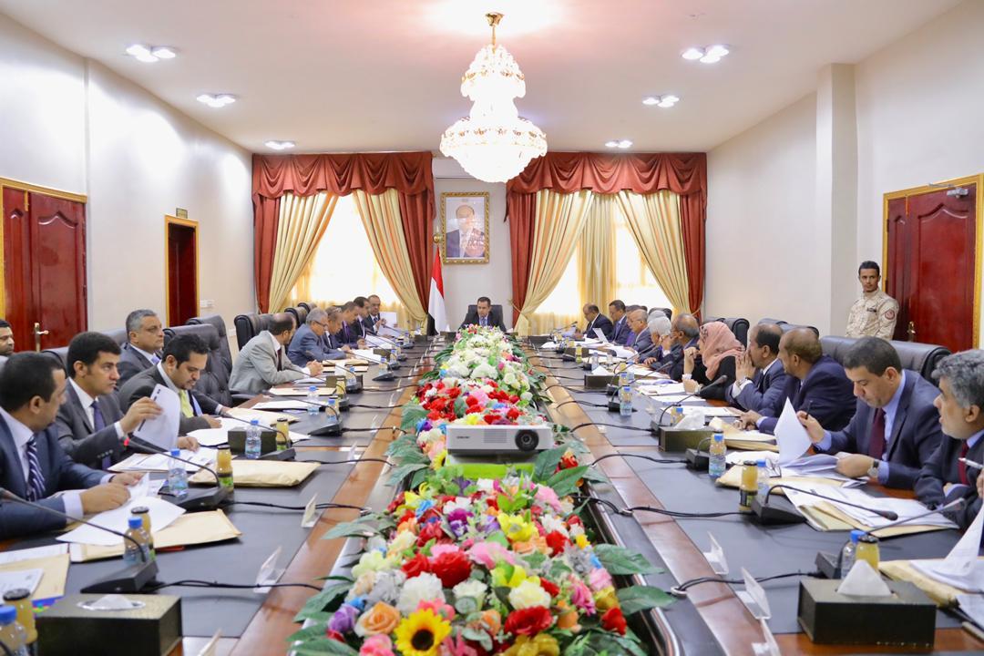الحكومة اليمنية تطالب الامم المتحدة بتسمية الطرف المعرقل للسلام