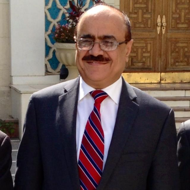 علي العمراني : مثقفون خليجيون ضد اليمن!